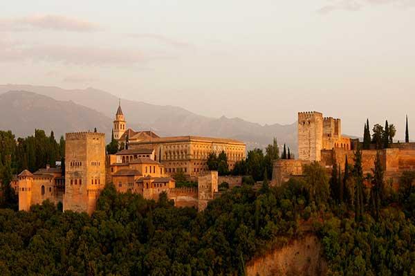 Alquilar coche en Granada